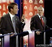/evotepix/elections/presidential/2004/nydemdebate_092503/edwards_and_clark_demdebate_092503.jpg